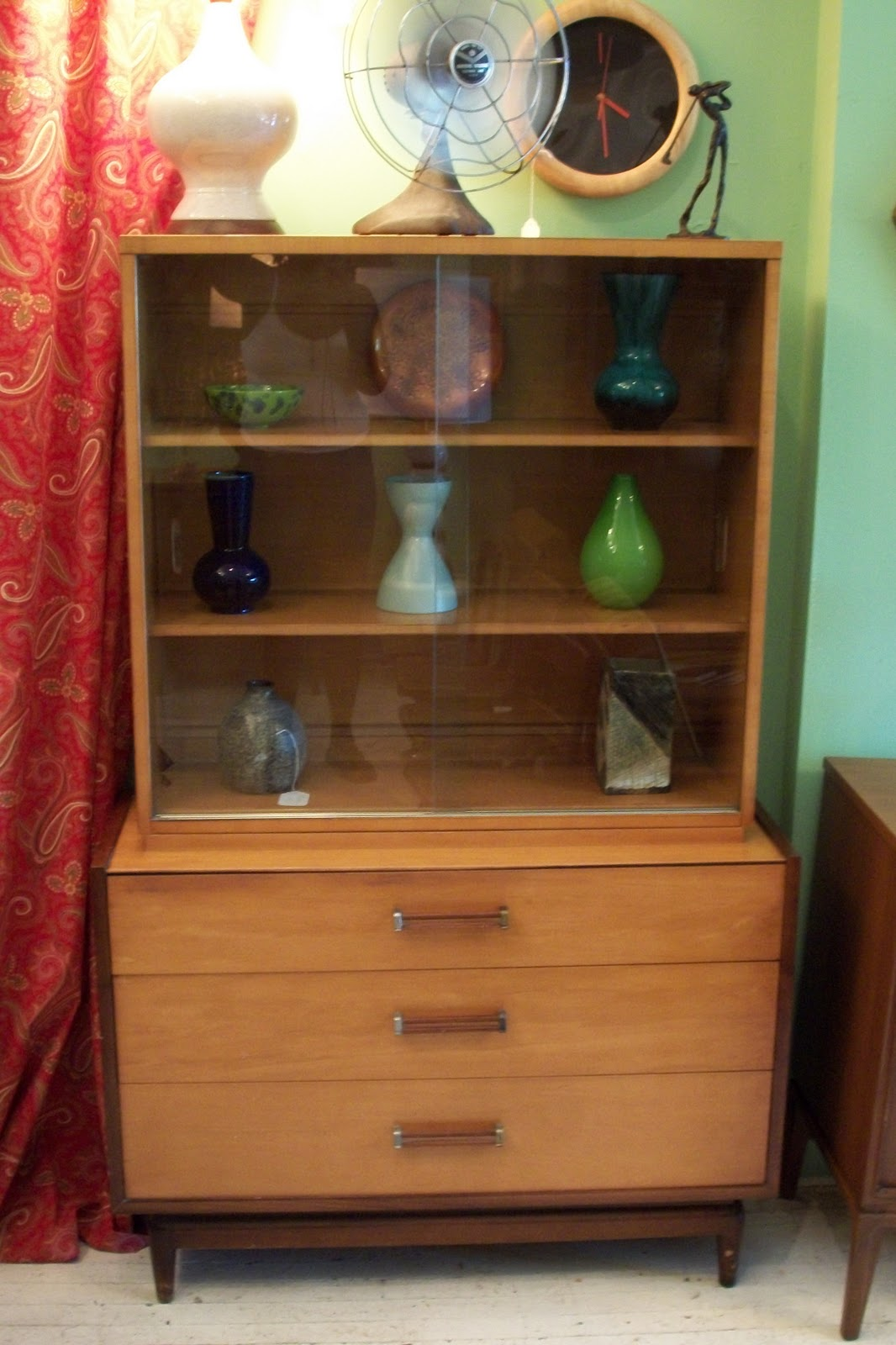 Solid Maple Mid Century Modern China Hutch Sits Up Proudly On Frowning Footed Brace Etched Finger Pulls Sliding Glass Doors And Double Tootsie