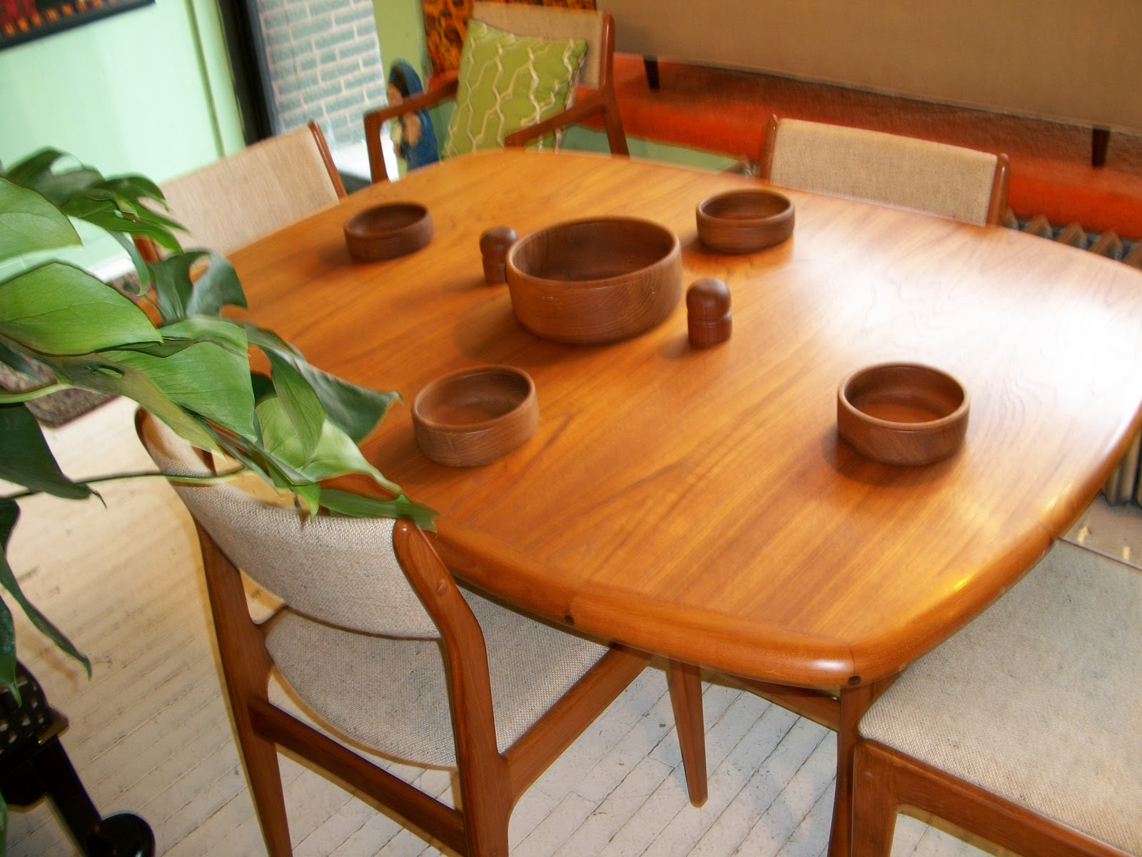 teak dining room table and chairs. Teak D Scan Dining Room Table \u0026 Chairs And