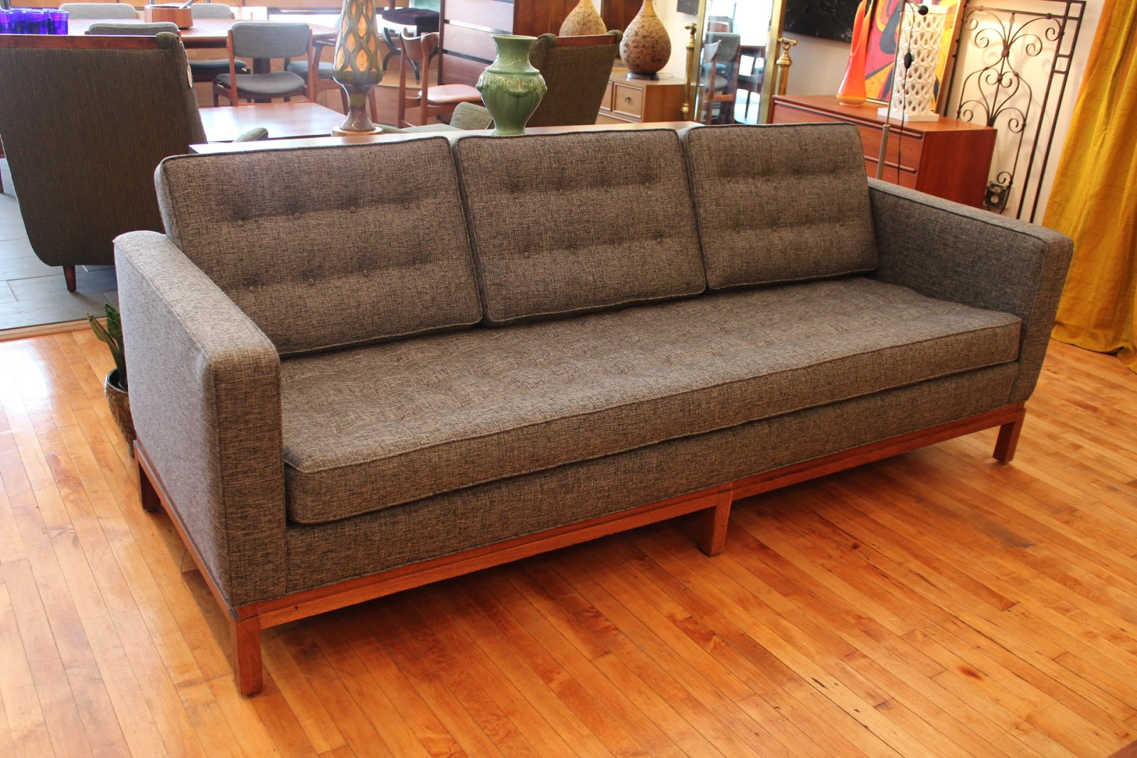 Florence Knoll Sofa An Orange Moon Vintage Furniture