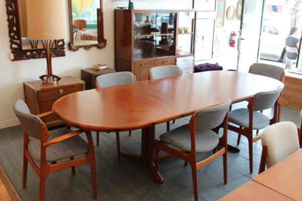 Erik Buch Chairs & Dining Table