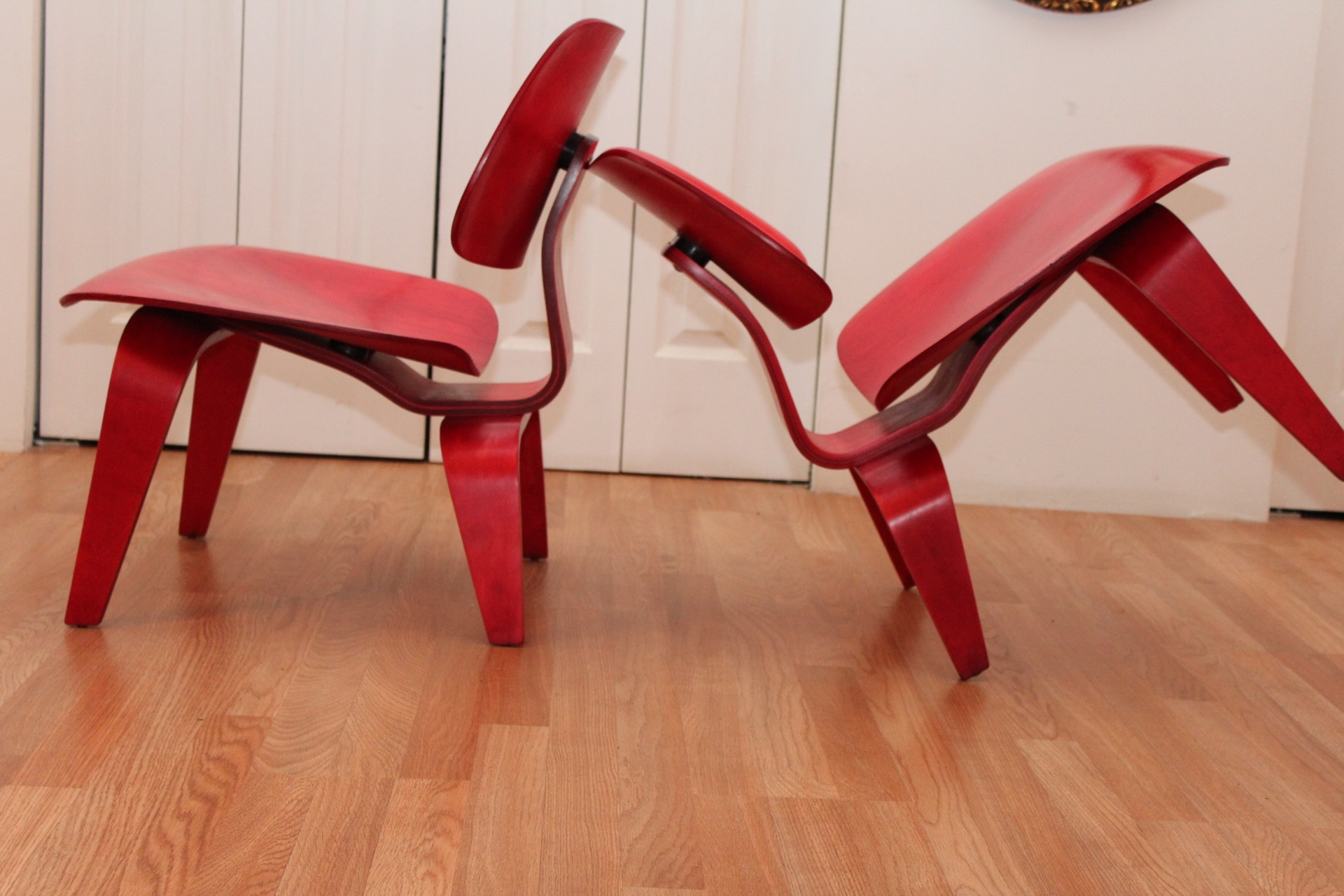 & Pair of Charles u0026 Ray Eames LCW Chairs