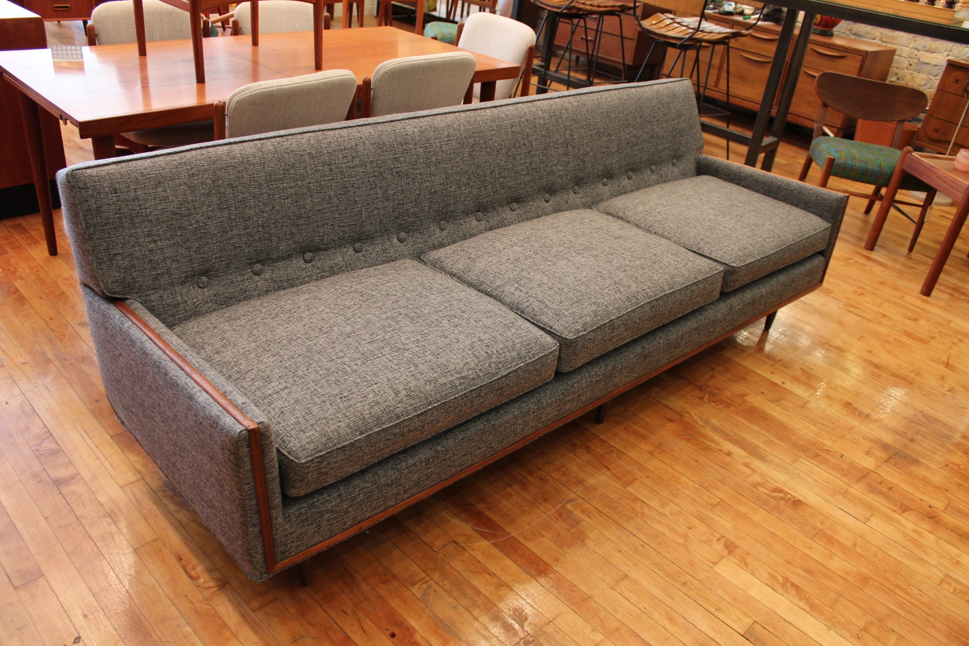 vintage mid century modern sofa vintage mid century modern furniture sectional sofa caring an. Black Bedroom Furniture Sets. Home Design Ideas