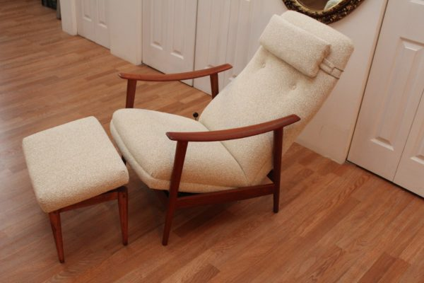 ORANGE Stokke Fabrikker Aalesund 5 Awesome Position Lounge Chair and Footstool