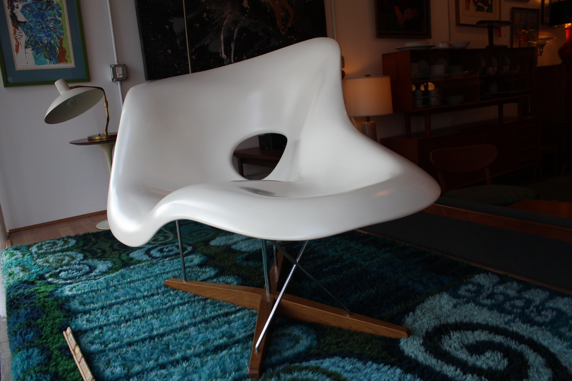 La chaise lounge chair by charles and ray eames for La chaise eames occasion