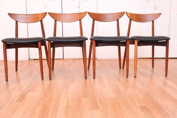Harry stergaard dining room table chairs for Dining room tables you tube