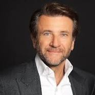 AN ORANGE MOON AND SHARK TANKS ROBERT HERJAVEC TEAM UP THIS SUMMER!