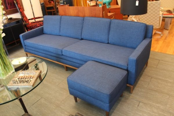 TOM FORD BLUE MID CENTURY MODERN SOFA w/FOOTSTOOL