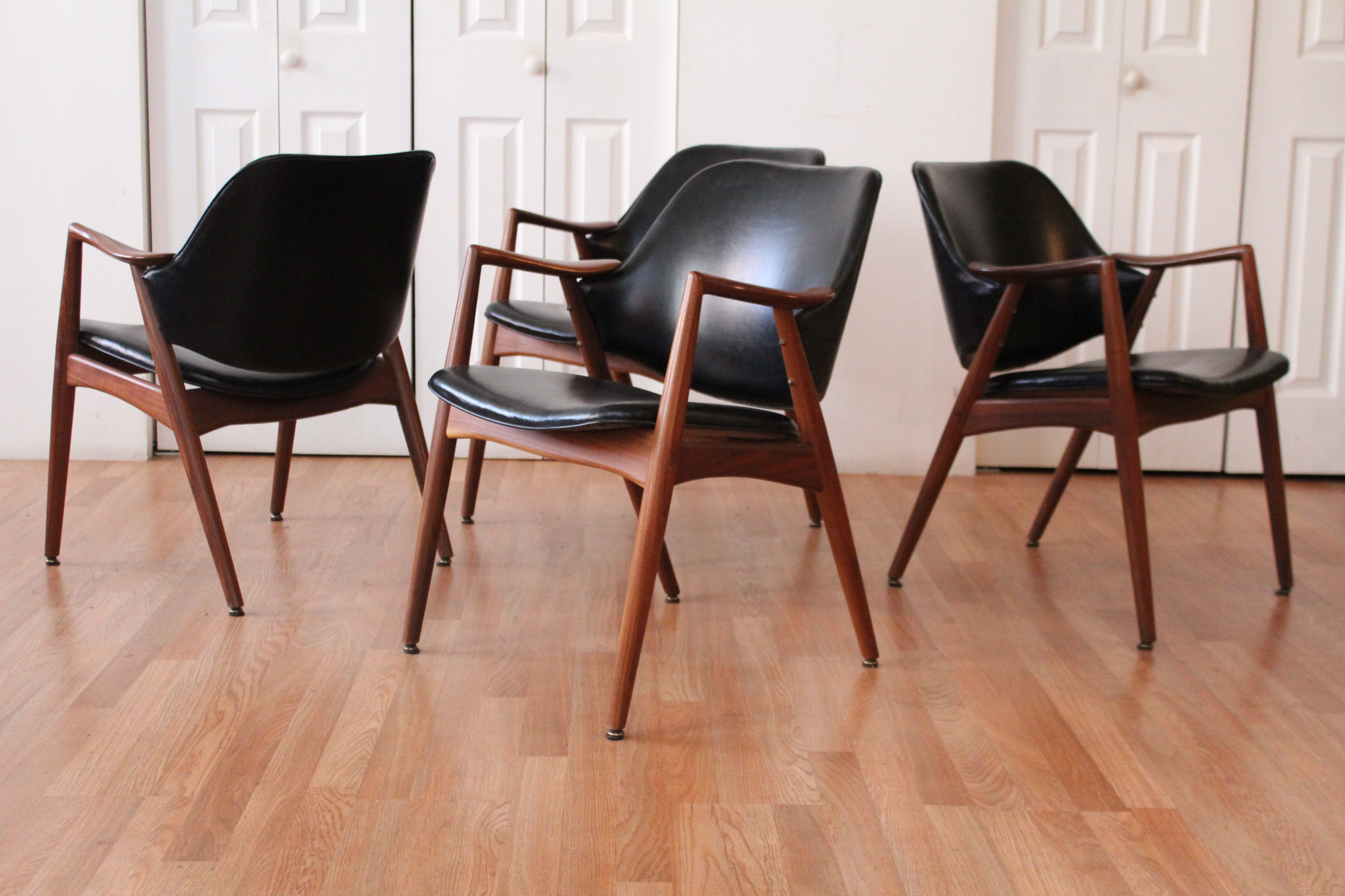 Superbe Shelby Williams Teak Dining Room Chairs