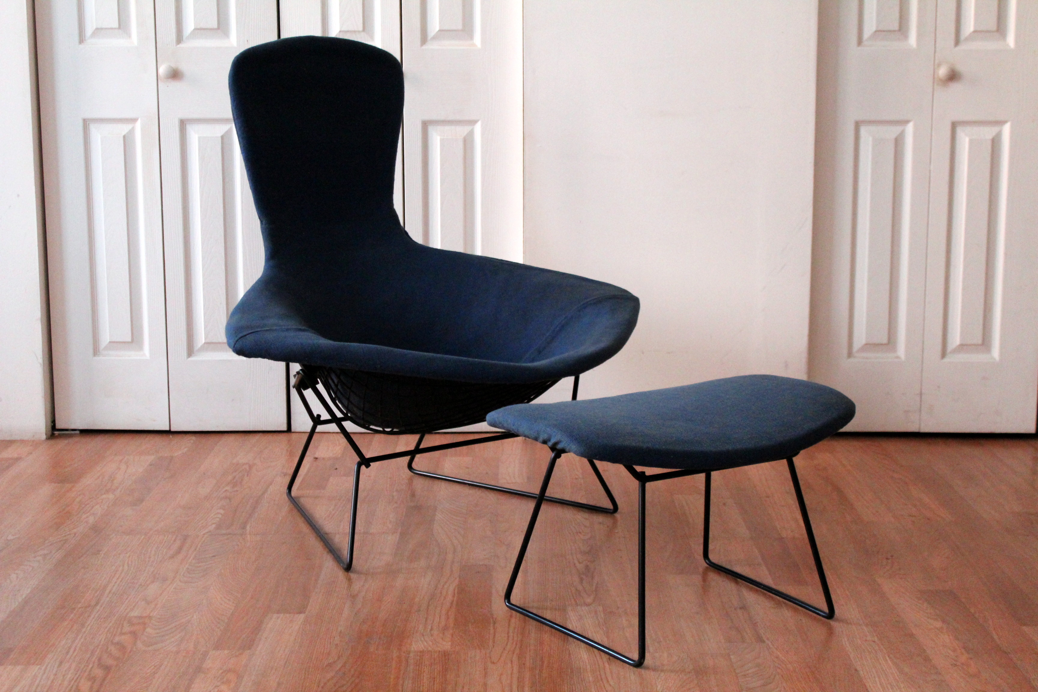 Authentic Vintage Harry Bertoia Knoll Bird Chairs ... & Authentic Vintage Harry Bertoia Knoll Bird Chairs and Ottoman | An ...