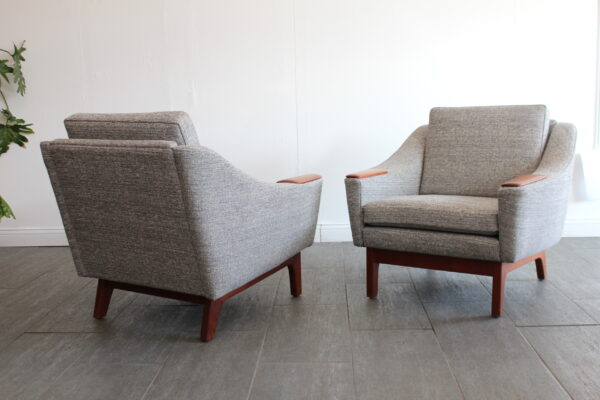 Upholstered Lounge Chairs
